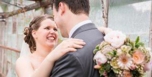 Romantisch stel verlaten ruw rauw urbex vervallen kas bruiloft liefde verloving www.ruwmantisch.nl fotografie