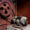 verlaten ruw rauw urbex vervallen www.ruwmantisch.nl ruwmantisch portret portretten portretfoto's fotografie fotosessie fotoshoot machine band