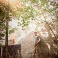 Vervallen ruw post-apocalyptische urbex urban exploring stoer fotoshoot portret Ruwmantisch fotografie fotoshoot fabriek zon