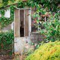 verlaten ruw rauw urbex vervallen www.ruwmantisch.nl ruwmantisch portret portretten portretfoto's fotografie fotosessie fotoshoot kas bloemen tuin
